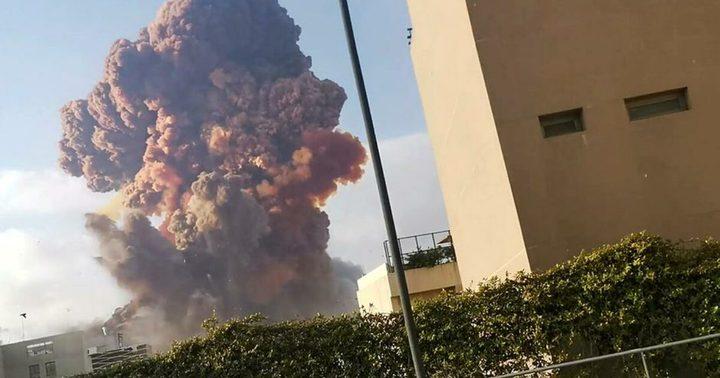 """بعد انفجار بيروت الضخم.. منزل إليسا """"تكسر"""" وهيفاء وهبي بخير"""