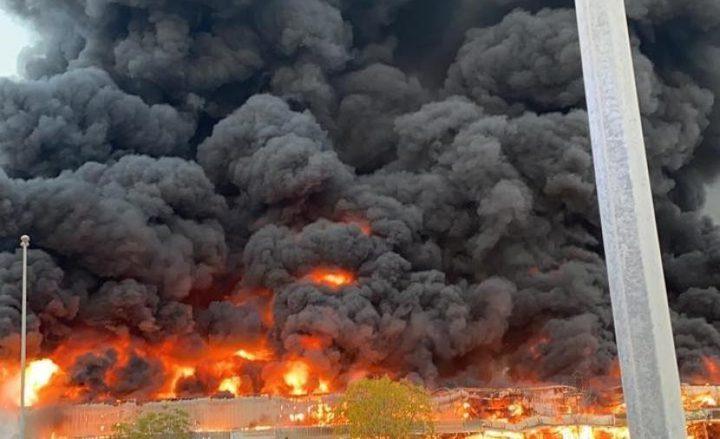 الامارات: مواد لحام السبب في الحريق الضخم الذي شب بالسوق الايراني