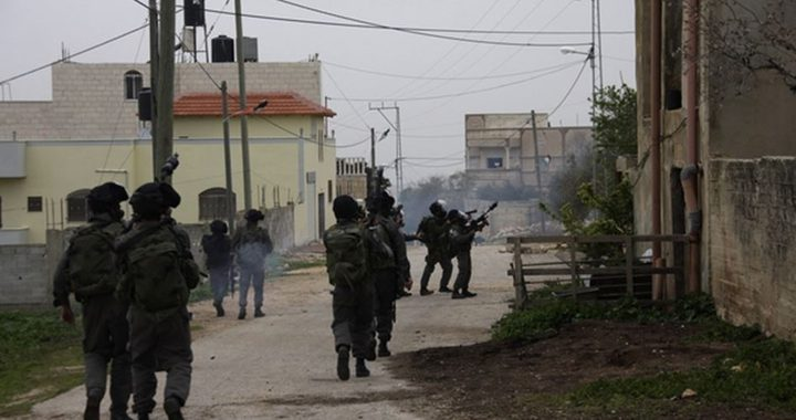 الاحتلال يداهم منازل المواطنين في جنين