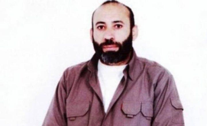 بعد الاستجابة لمطلبه..الأسير خليل أبو عرام يعلق إضرابه عن الطعام