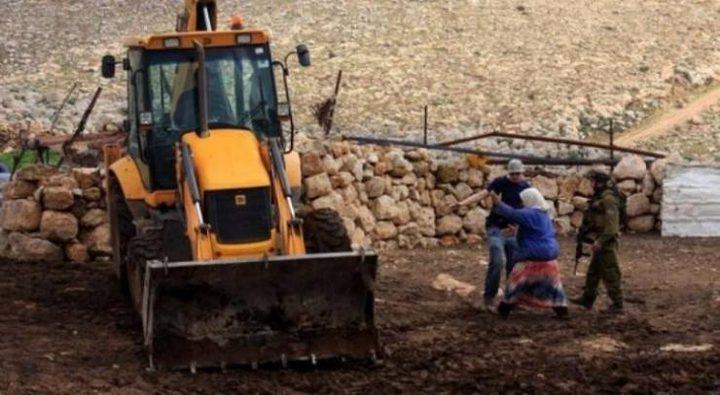 الاحتلال يستولي على جرافة شمال سلفيت