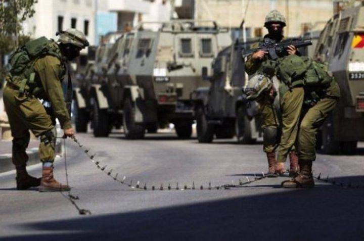 الاحتلال ينصب نقطة مراقبة عسكرية على تل أبو جندية جنوب الخليل