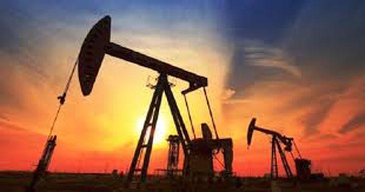 ارتفاع اسعار النفط بعد تراجع أكبر من المتوقع للمخزونات