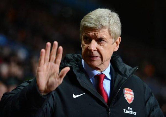 """رد فينغر """"أسطورة أرسنال""""على عرض برشلونة لتدريب الفريق"""