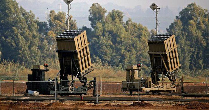 الاحتلال يقرر توسيع نشر القبة الحديدية على حدود غزة