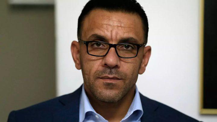 الاحتلال يقررمنع محافظ القدس من دخول الضفة لـ 6 أشهر أخرى