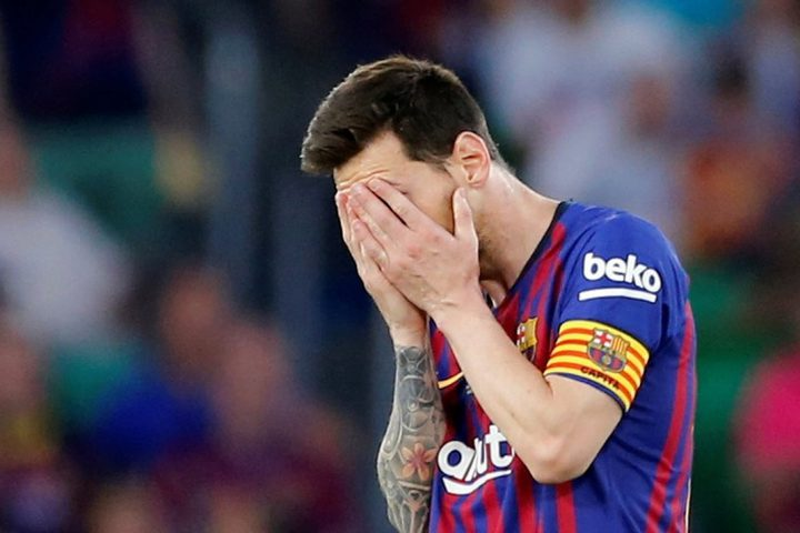 بعد فضيحة بايرن ميونخ برشلونة يكشف حقيقة طلب ميسي الرحيل