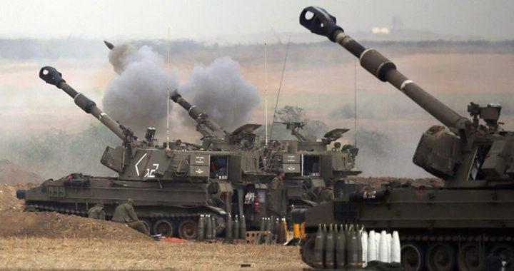 مدفعية الاحتلال تقصف موقعين في قطاع غزة