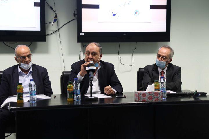 """جامعة النجاح ومركز الإعلام يطلقان حملة """"عودة آمنة للمدارس""""."""