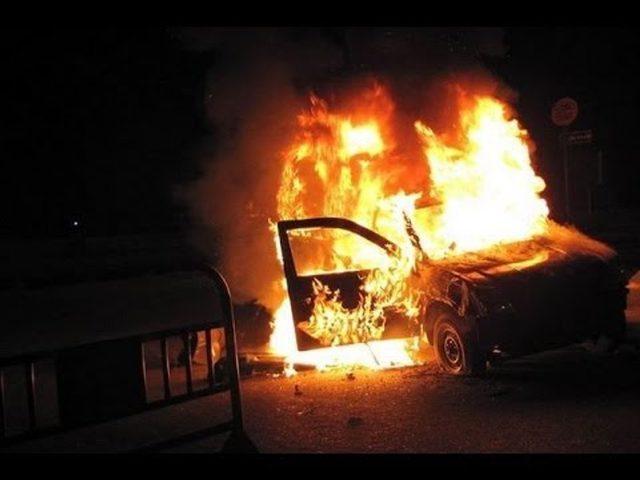 """عصابات """"تدفيع الثمن"""" تحرق 13 مركبة جنوب القدس"""