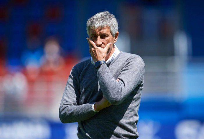 برشلونة يقيل مدربه كيكي سيتين