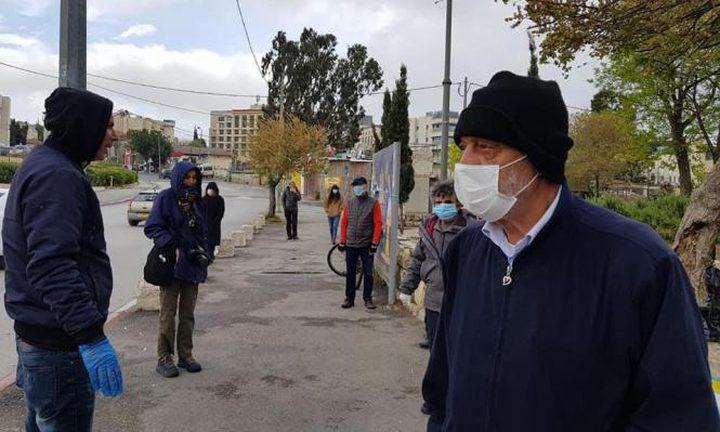 الغول: عدد كبير من مصابي كورونا يتوجهون للدوائر الحكومية