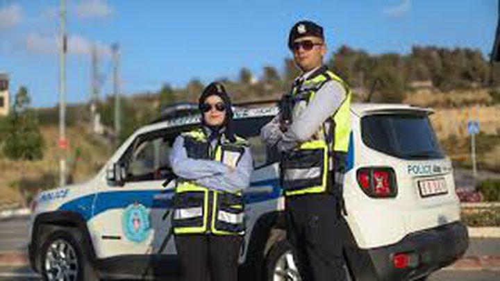 الشرطة تضبط مركبتين ودراجات نارية لازعاجهم المواطنين