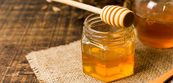 علماء: العسل أفضل من المضادات الحيوية