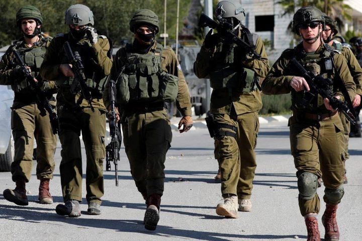 قوات الاحتلال تقتحم ترمسعيا وتمنع المواطنين من الحركة
