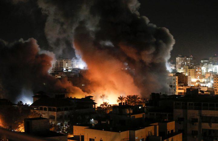 غانتس يهدد باستمرار الرد على اطلاق القذائف والبالونات من غزة