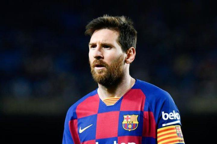 الأرجنتيني ميسي يتجاهل إدارة برشلونة
