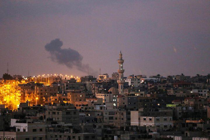 الاحتلال يشن سلسلة غارات على غزة فجر الجمعة