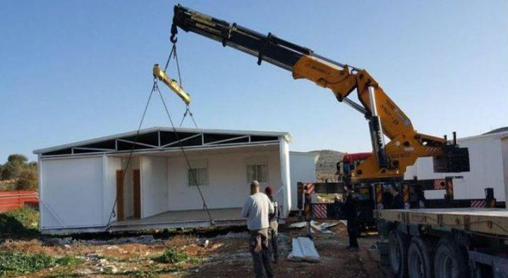 نابلس: مستوطنون يضعون بيتا متنقلا على أراضي يانون