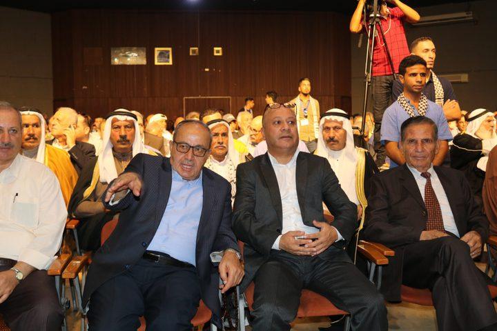 ابو هولي: صرف مكرمة مالية من الرئيس لـ 830 طالباً وطالبة