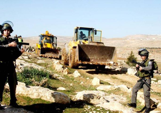 الاحتلال يخطر بهدم منزلين جنوب شرق بيت لحم