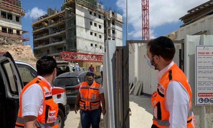 وفاة عامل إثر سقوطه من علو في مصنع بالنقب