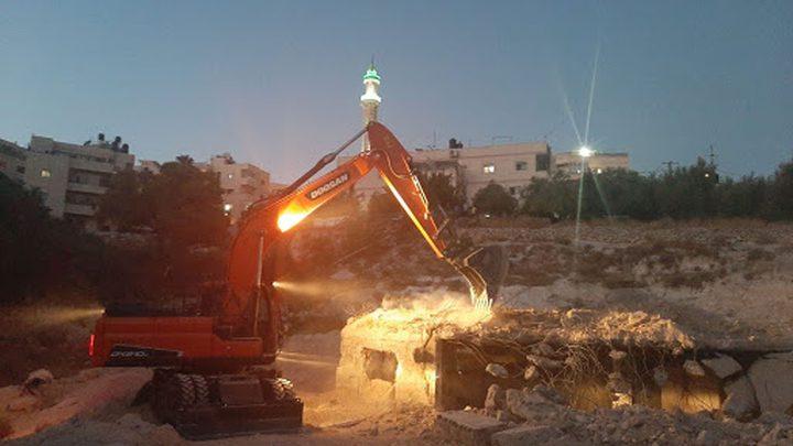 بيت لحم: الاحتلال يخطر بتجريف شارع في قرية كيسان