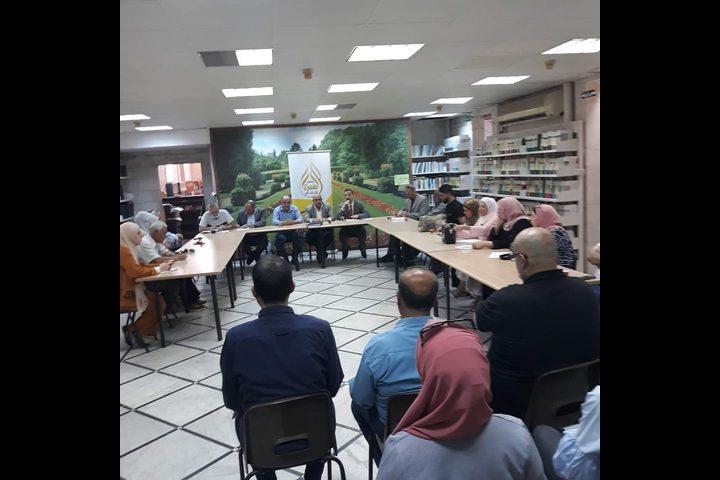 """اختتام ندوة """"الطموح والتحديات لدى الشباب"""" في صالون عمرة الثقافي"""