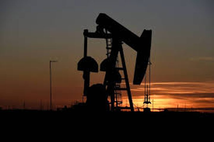 معهد البترول: هبوط أكبر من المتوقع في مخزونات النفط