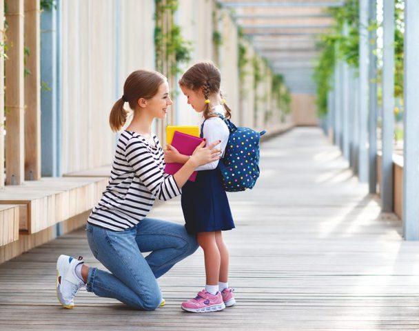 ساعدي طفلك للتخلص من رهاب المدرسة