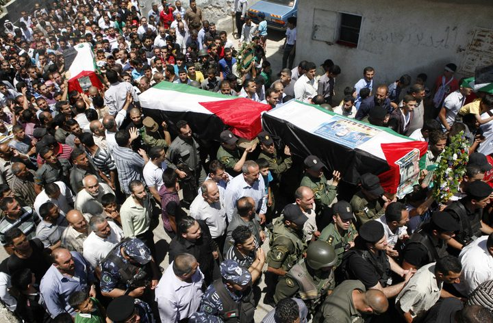 فلسطين تطالب الاحتلال بعدم حجز جثامين الشهداء