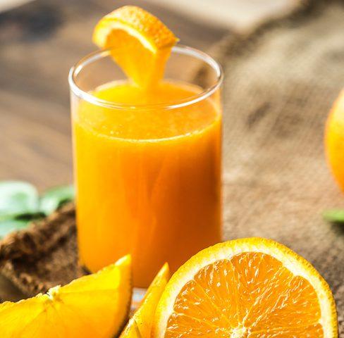 ما هو تأثير شرب عصير البرتقال بانتظام ؟