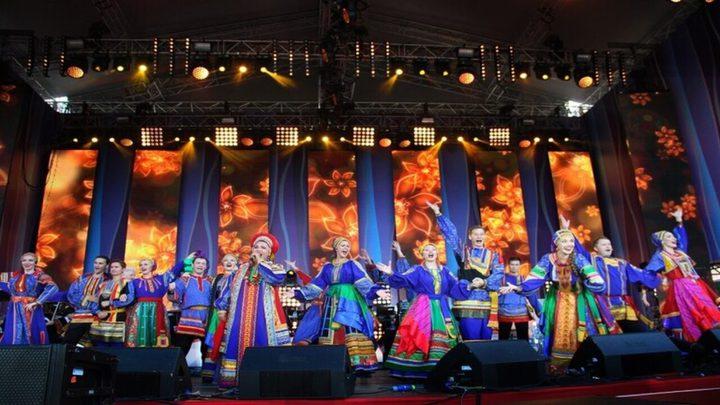 """افتتاح مهرجان """"الحقل الروسي"""" في موسكو"""