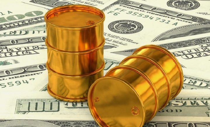 أسعار النفط تصعد مع تراجع الدولار