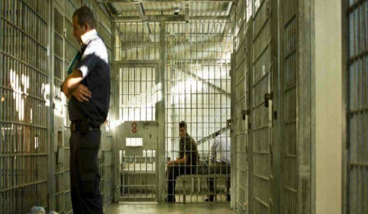 سلطات الاحتلال تواصل عزل الأسير حاتم قواسمة منذ أكثر من 6 شهور