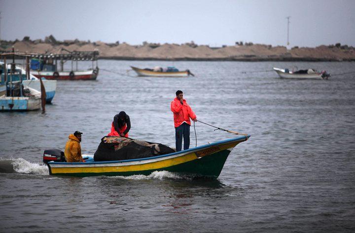 زراعة غزة تسمح للصيادين بالعودة لعملهم في بحر القطاع