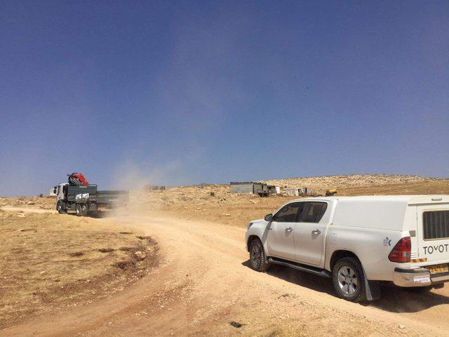 الاحتلال يستولي على 3 خيام في تجمع واد السيق البدوي شرق رام الله