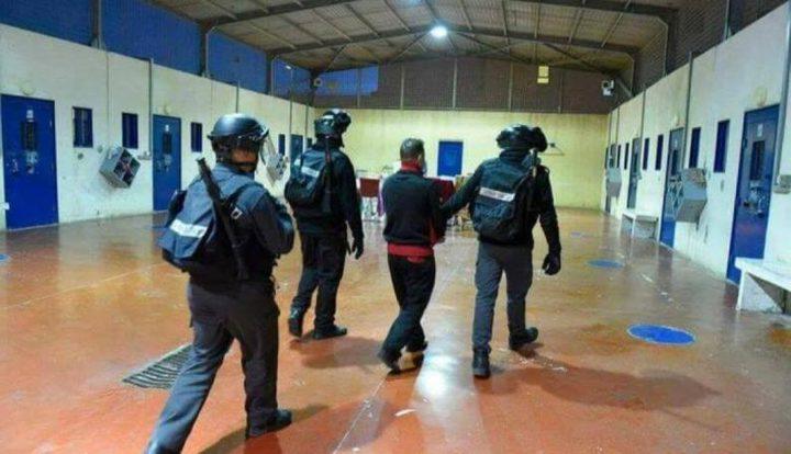 الأسرى في سجون الاحتلال يعلنون الحداد