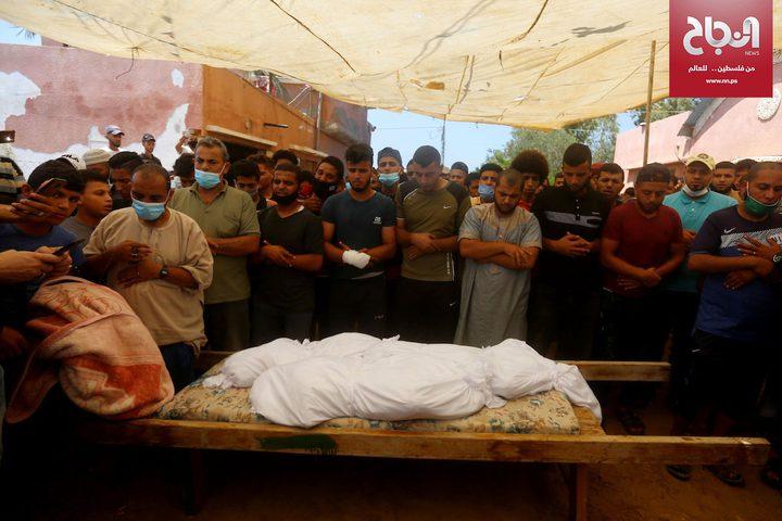 تشييع جثامين أطفال عائلة الحزين بمخيم النصيرات
