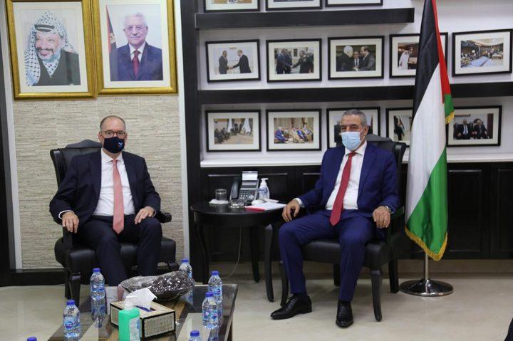 الشيخ يبحث مع وزير الدولة الألماني للشؤون الخارجية آخر المستجدات