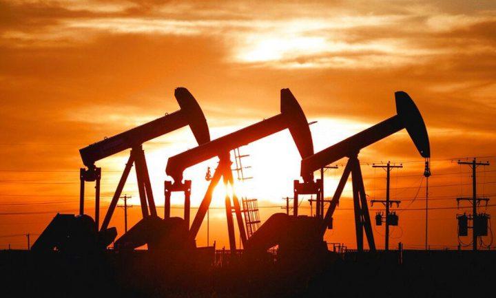 اسعار النفط تواصل الانخفاض عالمياً