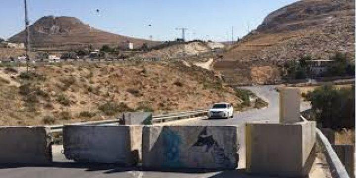 الاحتلال يغلق مدخل الجلزون ويمنع المركبات من المرور