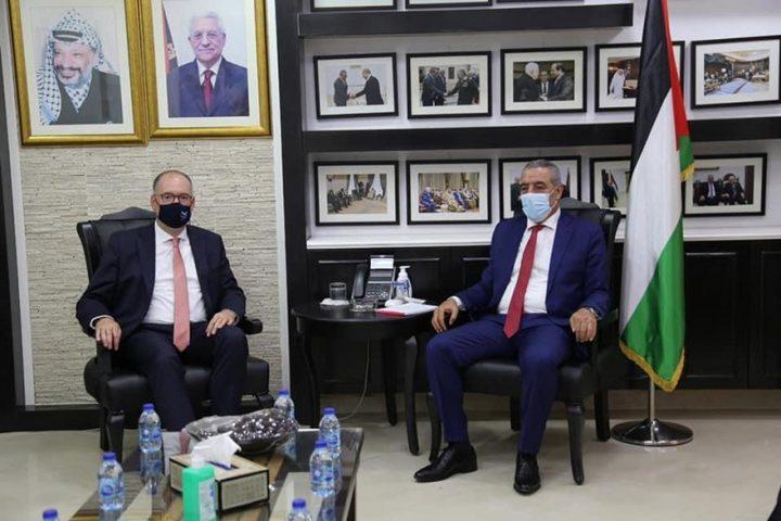 الشيخ يبحث مع وزير الخارجية الألماني مستجدات خطة الضم