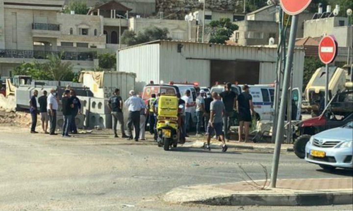 البطوف: اصابة امراة بجراح حرجة اثر سقوطها عن علو في دير حنا