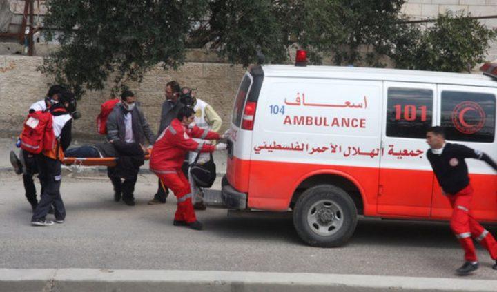 إصابة 10 طلاب ومعلمة إثر حادث سير بمنطقة واد الكرم في الخليل