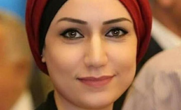 الصحفية كساب تطالب اشتيه بالعدل والانصاف