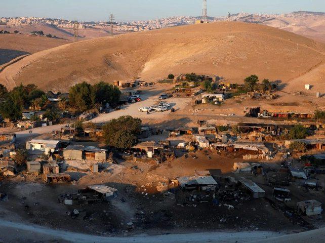 نتنياهو يطالب بتأجيل مداولات هدم الخان الأحمر