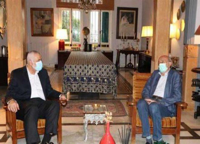 وليد جنبلاط يوصي هنيه بضرورة وحدة الموقف الفلسطيني