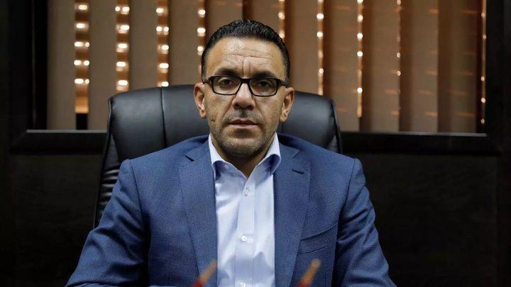الاحتلال يقيّد حركة محافظ القدس ويمنعه من التواصل مع الرئيس