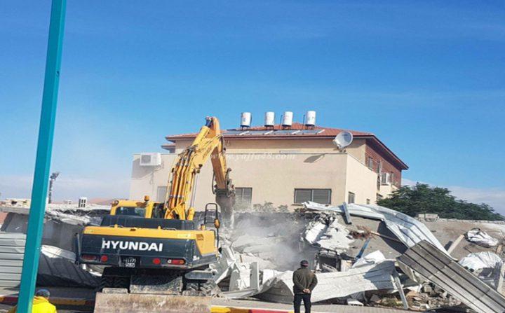 الاحتلال يهدم منزل مواطن في مدينة اللد